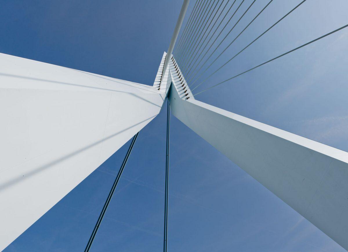 Rotterdam-Erasmusbrug-2-e1515880356725